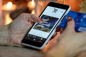Restaurant mobile payment and gift card option